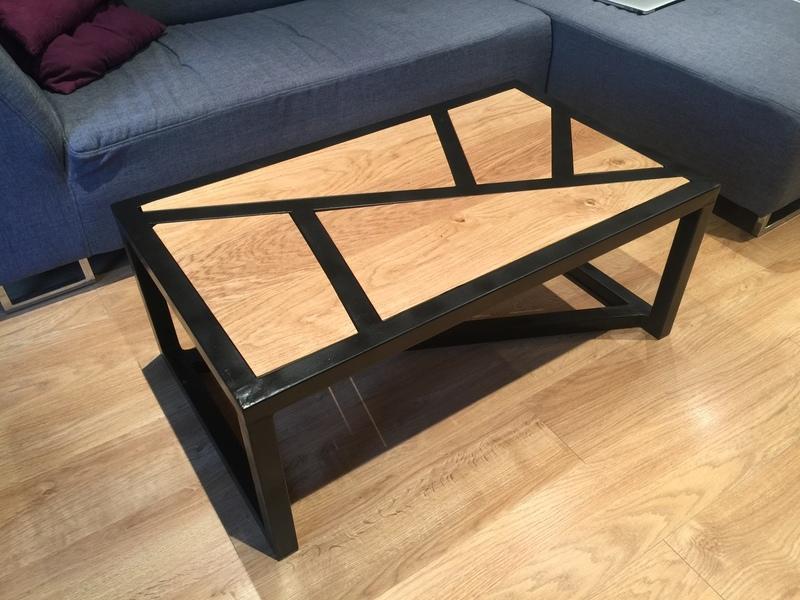 Table basse très basique Img_9110