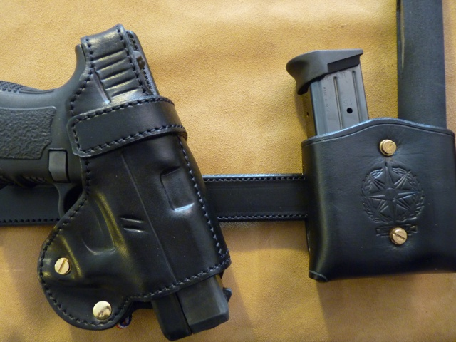 "HOLSTER ""CROSS DRAW"": le ""P.A.C.O"" by SLYE  P1000319"