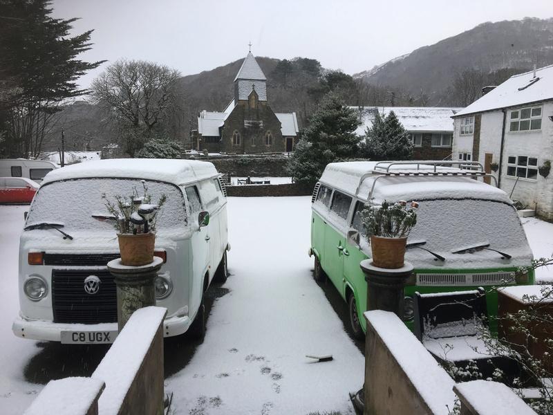 Snow Pics 61ce6a10