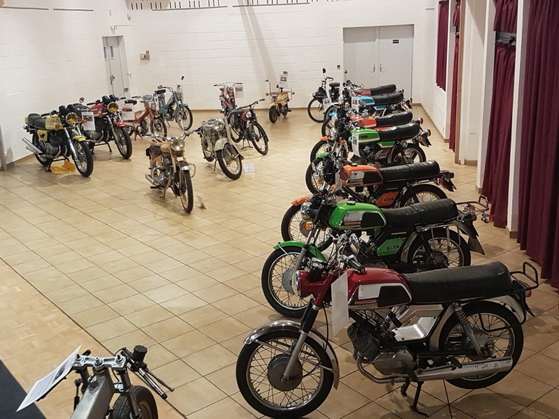 Exposition Motos à Bourgtheroulde 27 20171016