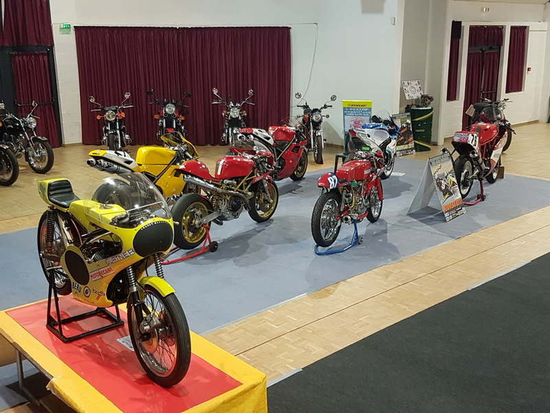 Exposition Motos à Bourgtheroulde 27 20171017