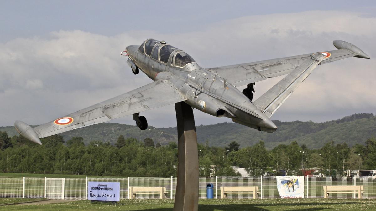 A l'aérodrome de Bourg en Bresse Img_0740
