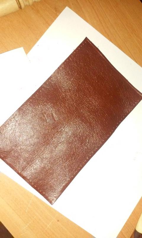Fabrication d'un étui en cuir pour couteau, premier essai. - Page 2 20170917