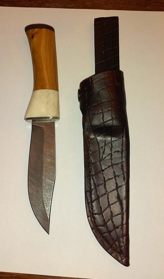 Couteau Molotobec et fabrication de l'étui, 3e essai Ok_20111