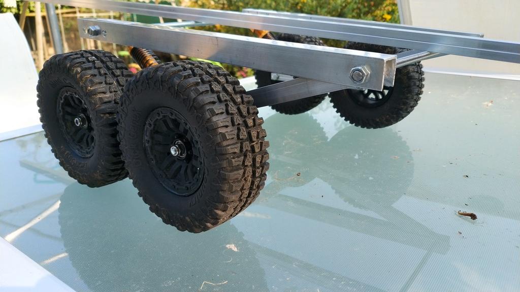Fabrication de remorque double essieux fait maison tout en alu Img_2124