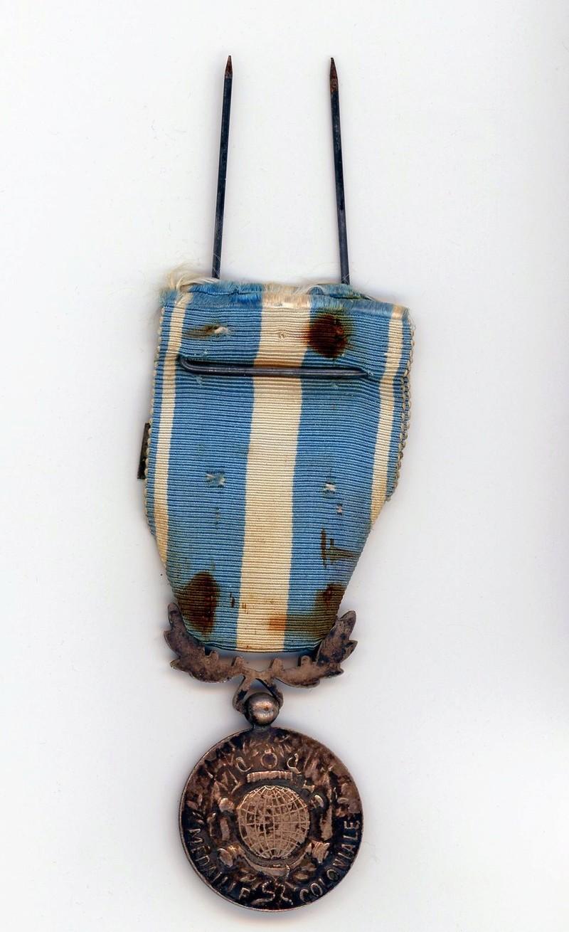 Médaille coloniale Indochine barrette Extreme Orient Locale ESC - MAI 4. A clôturer Colo0111