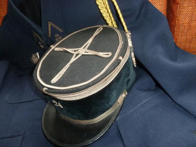 Képi modèle 19 Capitaine 24 BCA FEV 5 - ESC  Vendu P1090835