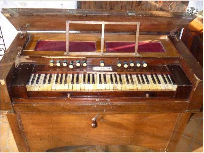 harmonium clergeau de construit en 1845 Captur13