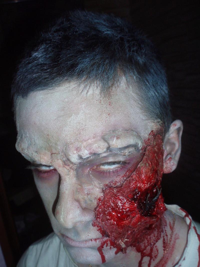 Maquillage et effet spéciaux 4810