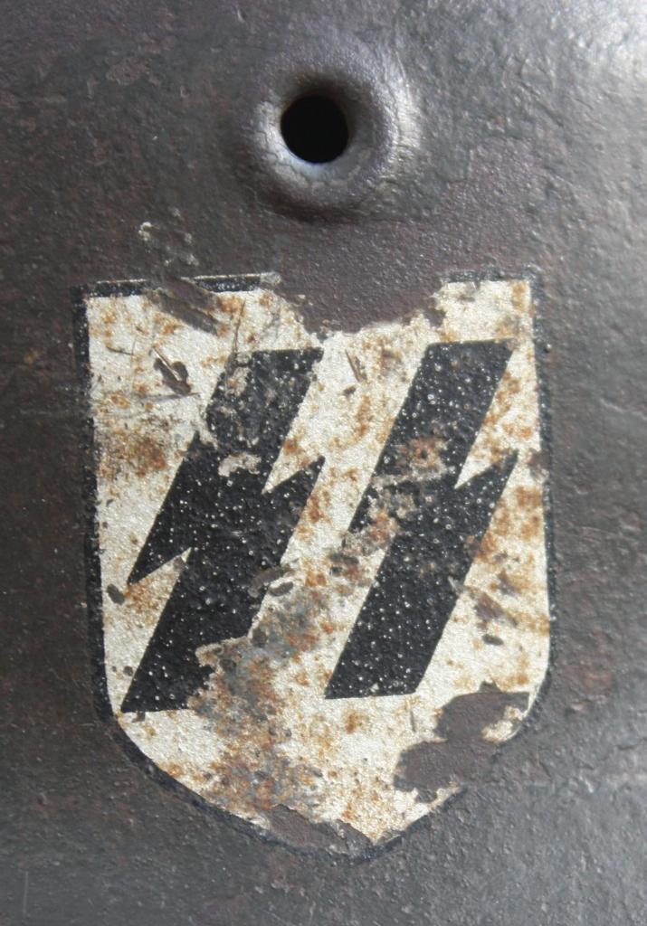 Casque M42 EF 66 Waffen SS 00148