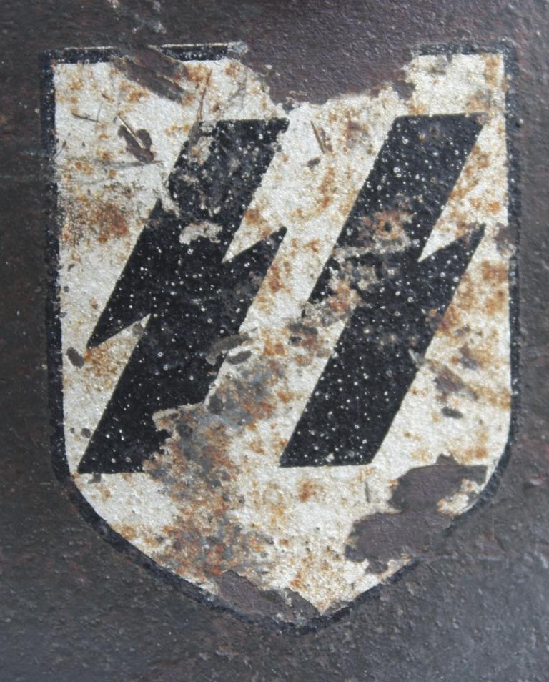 Casque M42 EF 66 Waffen SS 00340