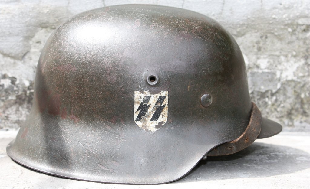 Casque M42 EF 66 Waffen SS Ef_m4211