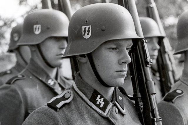 Casque CKL (ET) Waffen SS Tumblr10