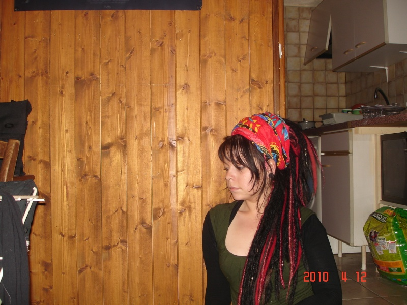 Vos cheveux/coiffures .... VOUS quoi ! - Page 16 Dsc05413