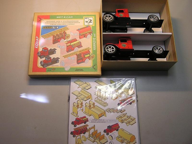 Blech-/Kartonmodelle Feuerwehrfahrzeuge von Kovap in 1:32 613