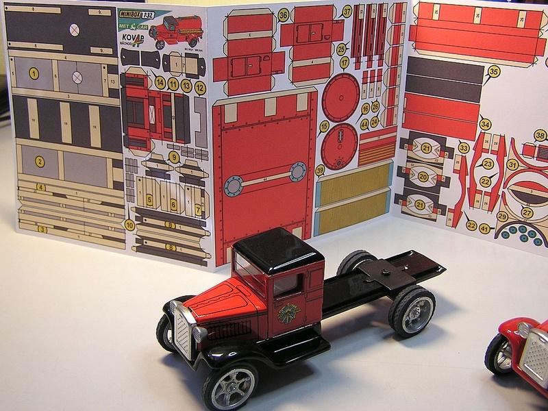 Blech-/Kartonmodelle Feuerwehrfahrzeuge von Kovap in 1:32 913