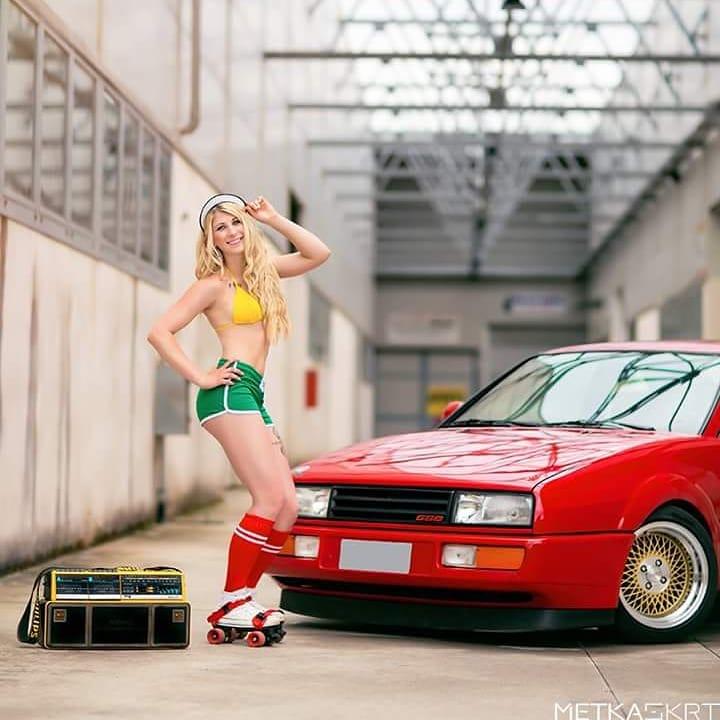 oh les jolie voiture  - Page 26 28430310
