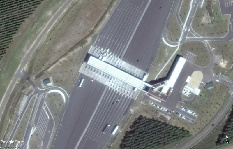 ( Bientôt visible sur Google-earth ) la première route solaire Tourouvre France Peage10