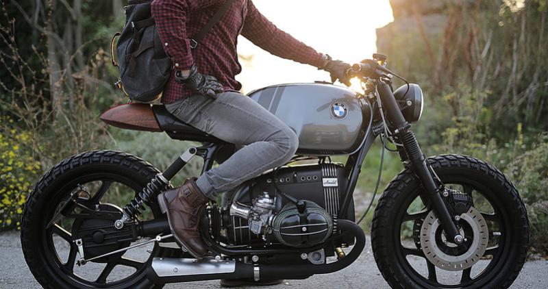 Vintage Room motorcycles Amulet11