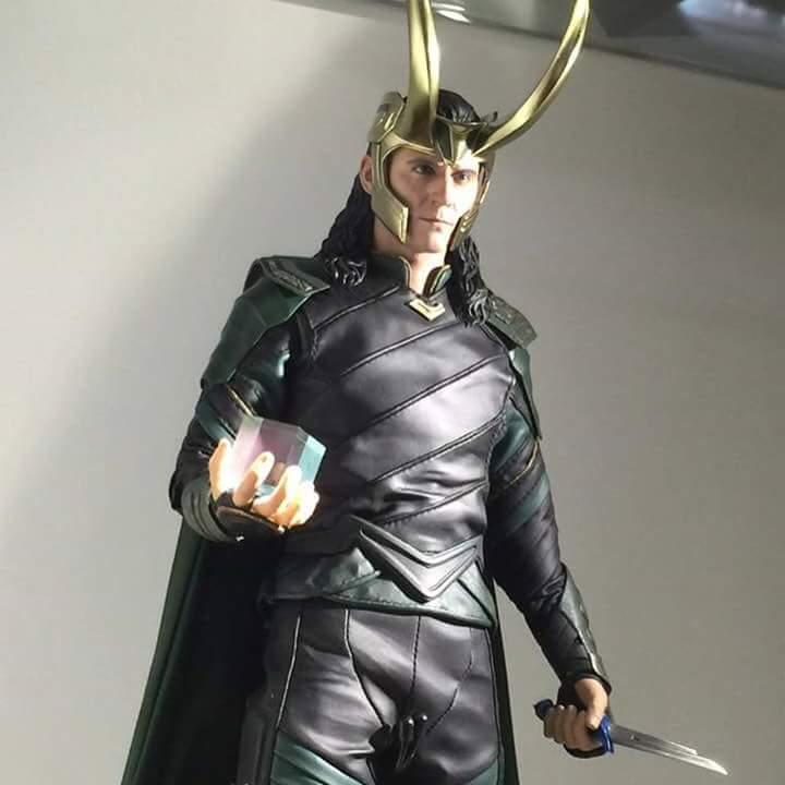 MMS472 - Thor: Ragnarok - Loki Fb_im137