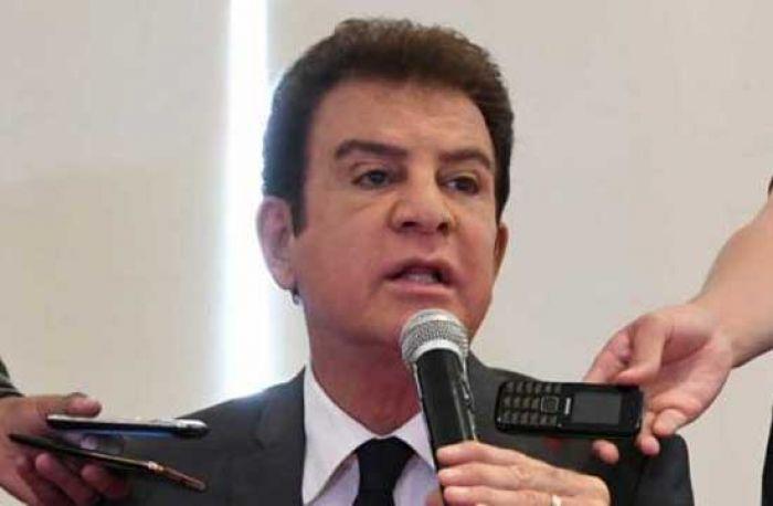 Nasralla: Solo en la cabeza de Juan orlando , cabe que queremos liberar presos ,porque el lo acostumbra Nasral12