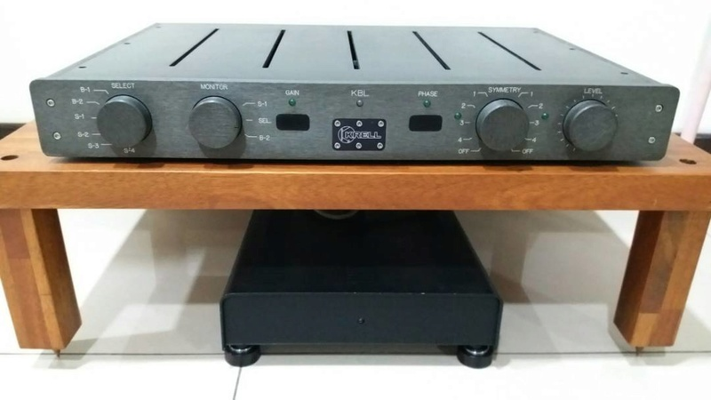 Krell KBL Balanced Preamplifier with separate power supply Krellk13