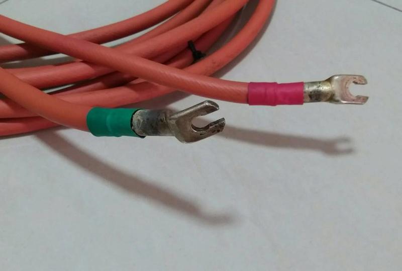 Van Den Hul 'The Revelation Hybrid' Speaker Cables - 4m pair Vdhthe12