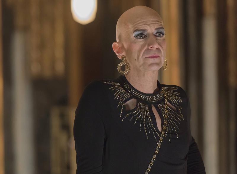 [Terminé] Fête costumée : une Drag Queen Ahs_5110