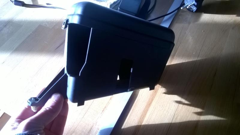 [VDS-27] mini boite à fusible moteur saxo/106 Wp_20122