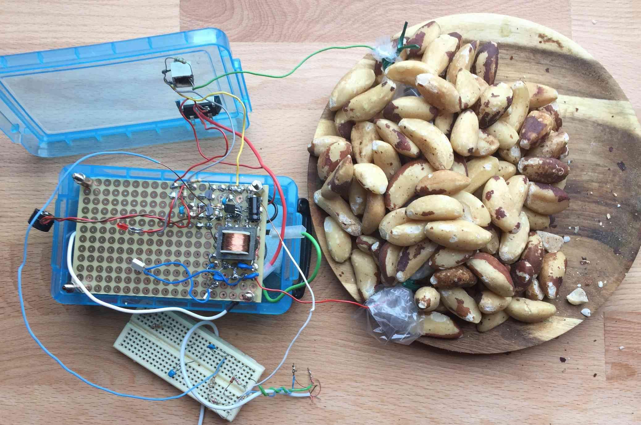 Application Geiger Bot, compteur Geiger, mesure de sources, de bruit de fond et autres stats. Captu115