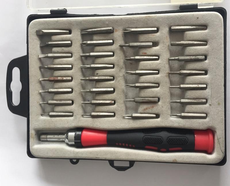 EDC Réparation électronique : Liste de matériel pour un repair café / pour un atelier post-cata Captu127