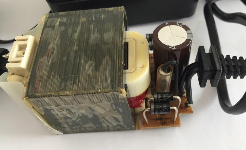 Mise en pratique et échanges autour de la réparation électronique : le Repair Café - Page 2 Captur87