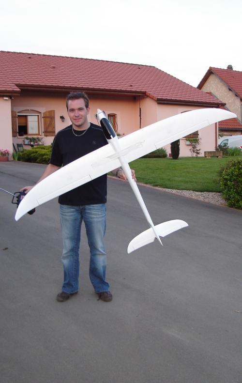 Avion en dépron Dsc01010