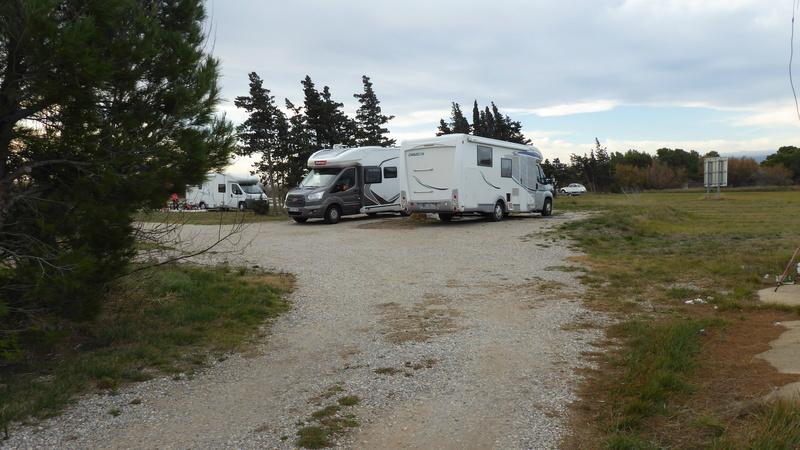 La Palme - Aire de stationnement et services (Camping-Car Park) P1020627