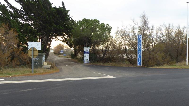 La Palme - Aire de stationnement et services (Camping-Car Park) P1020628