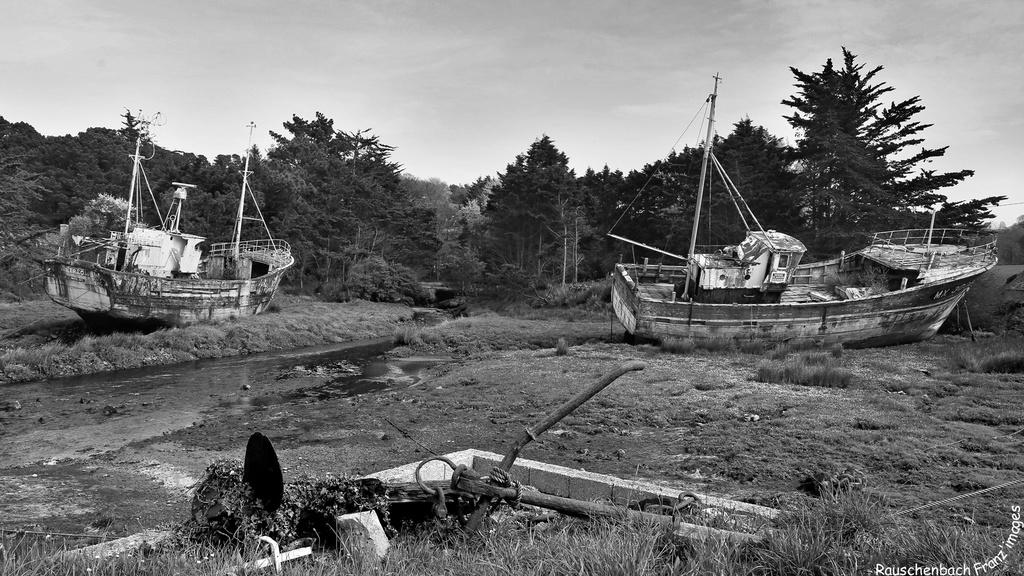 Fin de vie .... Cimetières de bateaux .... - Page 10 1v4b0724