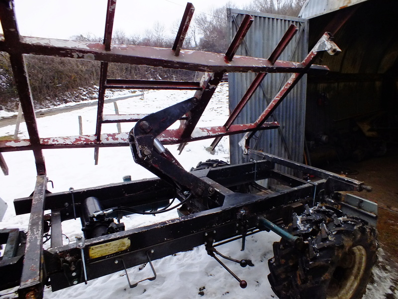 la Marque REFORM - Tracteur routier et materiel agricole  Dscf0012