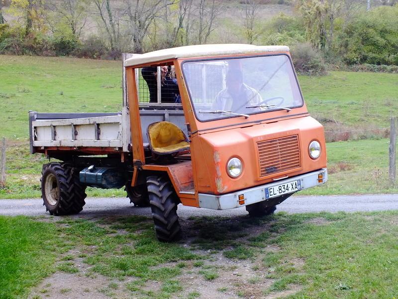 la Marque REFORM - Tracteur routier et materiel agricole  Dscf1510