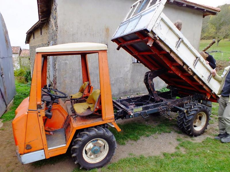 la Marque REFORM - Tracteur routier et materiel agricole  Dscf1511