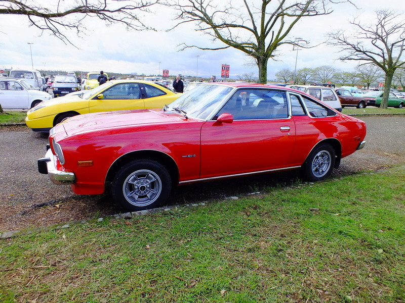 Mazda 121 coupe de 1977 - Page 2 Dscf5416