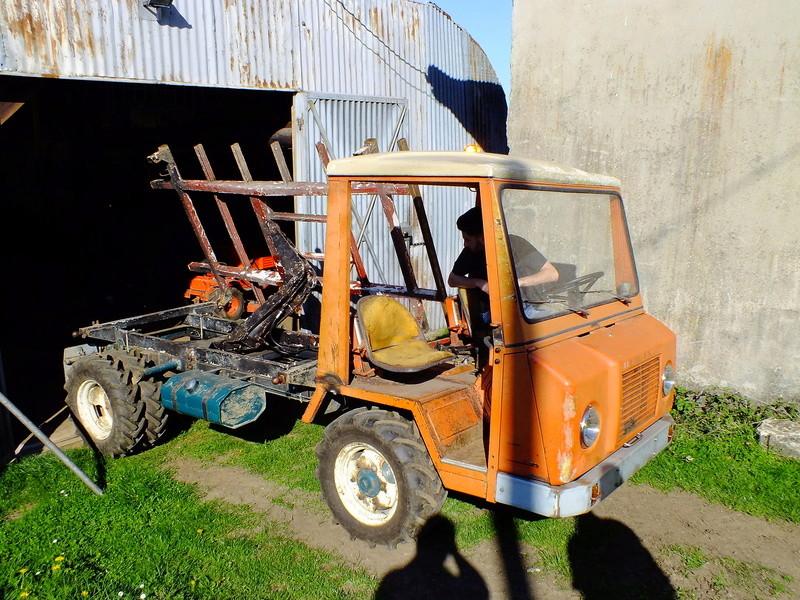 la Marque REFORM - Tracteur routier et materiel agricole  Dscf7010