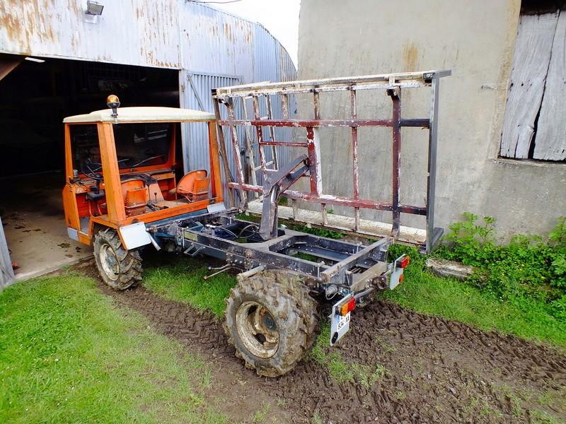 la Marque REFORM - Tracteur routier et materiel agricole  Dscf8110