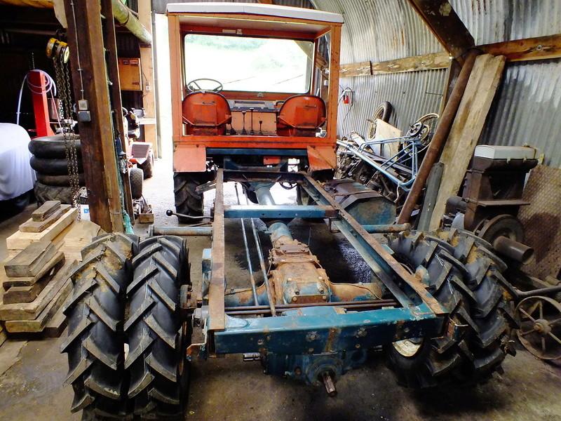 la Marque REFORM - Tracteur routier et materiel agricole  Dscf9612
