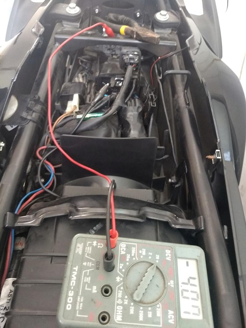 Alguien me puede decir que voltaje da su TPS? 15251010