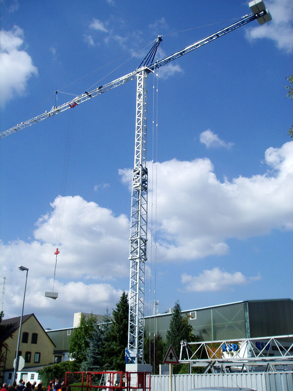GMR : Grues a montage rapide - Page 2 Kk451210