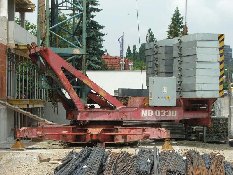 GMR : Grues a montage rapide - Page 2 Mb033010