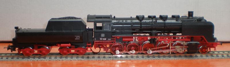 DB Lok 50 220 mit Wannentender Spur HO 50_22011