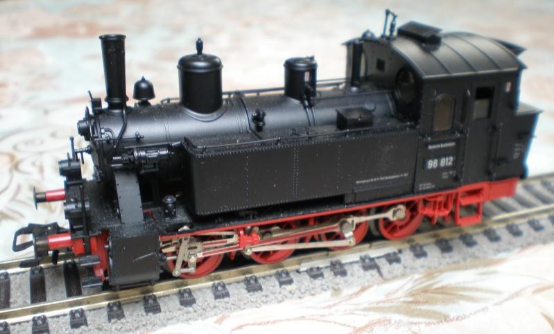 Tenderlokomotive BR 98.11 in Spur HO P3120111