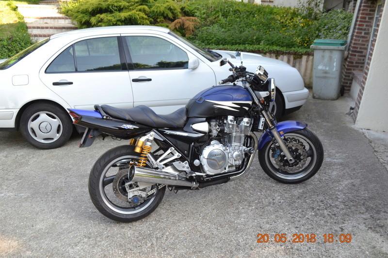 1300 xjr modele 2002 bleue Vendue Dsc_0146
