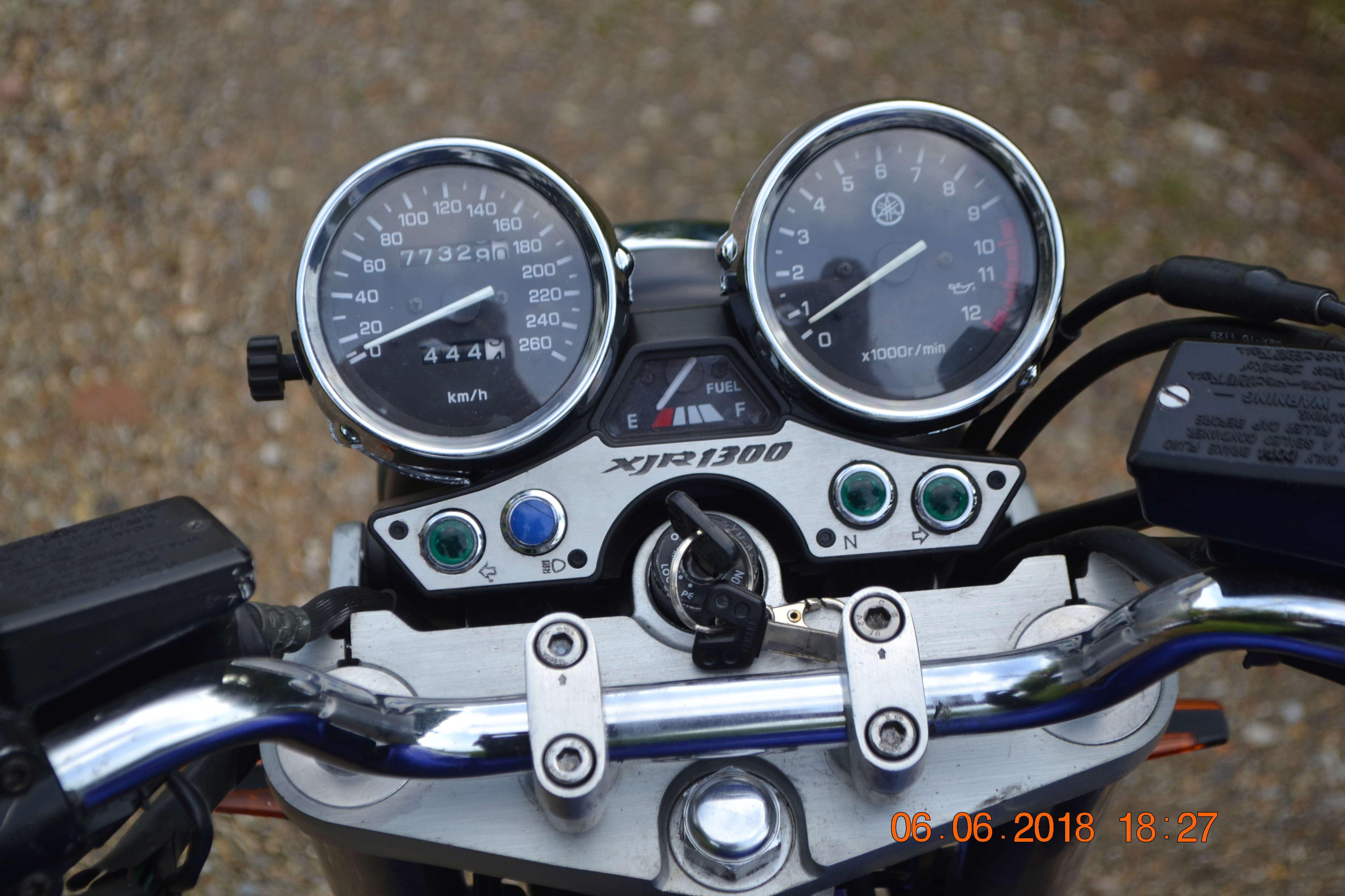 1300 xjr modele 2002 bleue Vendue Dsc_0147